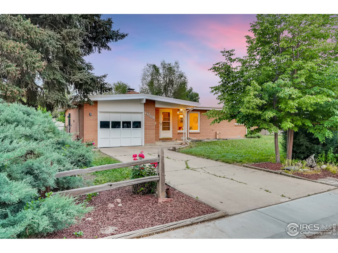 1004 Glenmoor Dr, Fort Collins CO 80521